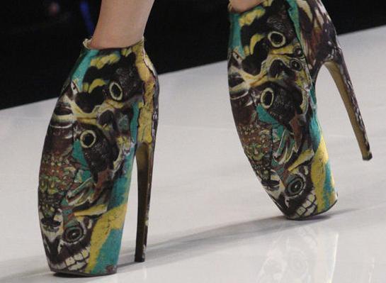 Zapatos de Alexander McQueen Primavera 2010